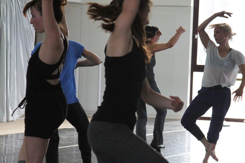Personnes qui dansent
